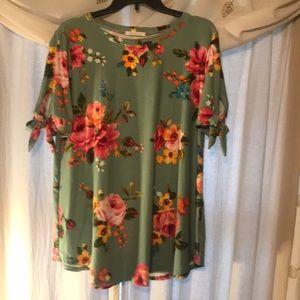 Rejoice J short sleeve floral top